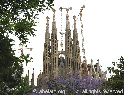 Sangrada Familia, still under construction in 2007