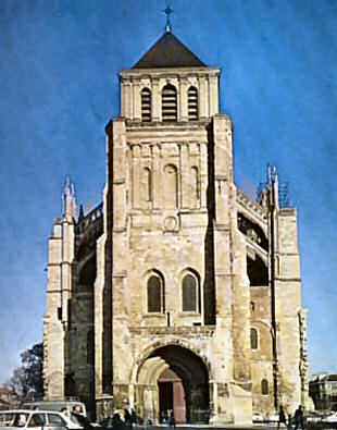 West front of la basilique Saint-Quentin