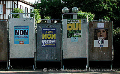 Official posters for the French referendum on the EU 'constoitution'.