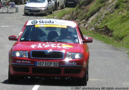 Official Tour car as provided by Skoda (the white jersey sponsor).