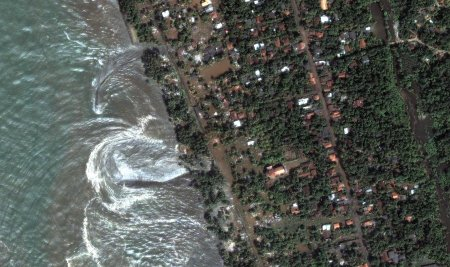After the tsunami hit part of Sri Lanka. Image credit: digitalglobe.com