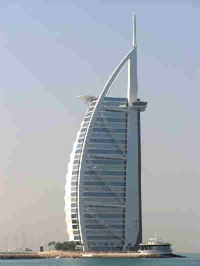 The Burj Al- Arab building, Dubai. Image credit: http://www.funonthenet