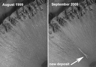Martian gully in 1999 and again in 2005 with new deposit. Image credit: NASA