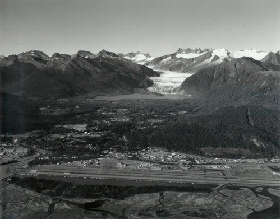 The Mendenhall Glacier in 2006