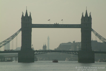 Tower Bridge. Image credit: the auroran sunset