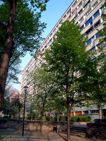 Apartment block in Billancourt, south-west Paris. Image credit: the auroran sunset